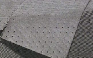 "Heavy Duty Spill Absorption Mat 15""x20"" up to 0.83L"