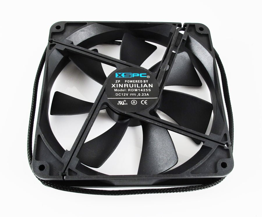 XSPC 140mm SLEEVED FAN – 1350RPM 74CFM 29 dBa